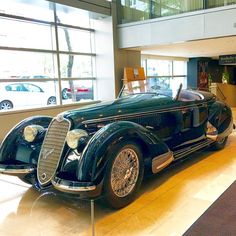 The 1939 Alfa Romeo 8C 2900B Lungo Spider on display at @sothebys stopped me cold! To be auctioned August 20, estimate is $20–$25MM. #gorgeous #alfaromeo #sportscar