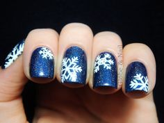 36 Deep Blue Nail Art Design for Winter Season; Christmas Nail Art Designs, Best Nail Art Designs, Winter Nail Art, Winter Nails, Holiday Nails, Christmas Nails, Xmas Nails, Snowflake Nail Art, Easy Snowflake