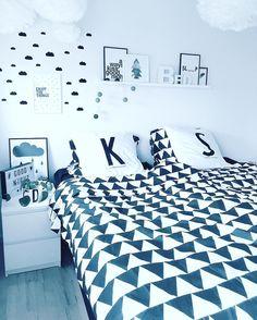 Godmorgen lige her fra dynerne  #kristinahardis #bloggersdelight #bobedre #details #bolig #boligindretning #boligspam #home #homedecor #homedesign #homedetails #interior #interior123 #interior4all #inspiration #instalike #nofilter #skandinaviskehjem #nordiskehjem #nordicinterior #interior4you #interior4ever #inspo #mykindoflikeinspo #nordicminimalism #boliosdk by kristinahardis http://discoverdmci.com