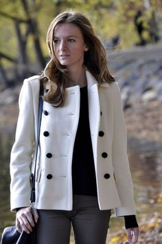 British Heritage - White burberry coat