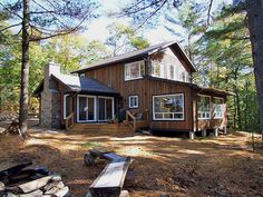 Big Gull Lake 1 is situated on Big Gull Lake, in The Land O' Lakes region of Eastern Ontario. Gull Lake 1 sleeps a maximum of 8 with 3 bathrooms. Pets are permitted (no cats please). Comes with 2 canoes and 2 kayaks WRD Cottage Rental Agency, #frontenactownship, #biggull #lake #vacation #cottage #rental