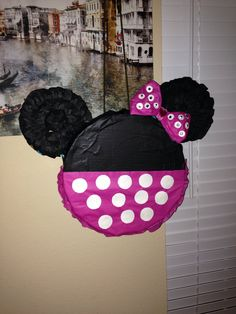 Made this for my nieces Minnie Mouse Birthday party, I'm so happy at how it came out!!