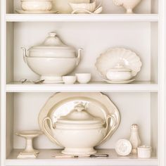 English creamware from the 18th and 19th centuries furthers the chosen color scheme.