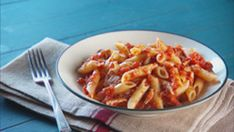 """Mad Hungry"" host Lucinda Scala Quinn takes over ""The Talk"" kitchen and demos how to make a quick meal with ingredients that everyone has in their kitchen. Get Lucinda's full recipe for Tomato Tuna Pasta!"