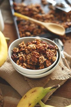 Banana Bread Granola | A great way to use up ripe bananas and ALWAYS have homemade granola on hand | MINIMALISTBAKER.COM
