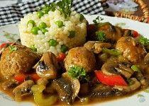 Masové koule na žampionech Meatball Recipes, Pork Recipes, Cooking Recipes, Czech Recipes, Ethnic Recipes, No Salt Recipes, Mince Meat, Kung Pao Chicken, A Table
