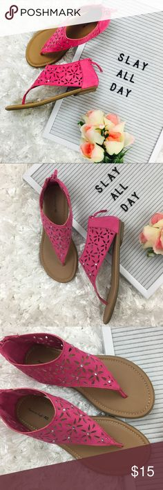 AE • Petite Gladiator Sandals EUC. These pink gladiator sandals are in excellent used condition. Zip up back. They are Women's size 3, not children's. #13thwednesday #summer #spring #casual #cute #preppy #girly #petite #detailed American Eagle Outfitters Shoes Sandals