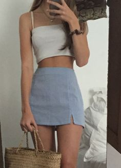 Grey mini skirt and taupe top - style - Fashion Outfits Teen Fashion Outfits, Mode Outfits, Retro Outfits, Look Fashion, 90s Fashion, Vintage Outfits, Girl Outfits, Spring Fashion, Fashion Trends