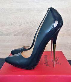 3c411803a115 A(z) 399 legjobb kép a(z) Extreme high heels táblán ekkor  2019