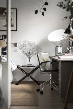 T.D.C: Three Beautiful Bedrooms with Workspaces