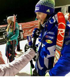 Winter Sports, Petra, Skiing, Fashion, Ski, Moda, Fashion Styles, Winter Sport, Fashion Illustrations
