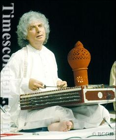Renowned Santoor player_Pandit Shiv Kumar Sharma