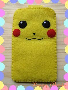 Pikachu Pokemon sentía caja del teléfono con cierre por HappyAkindo, $10.50