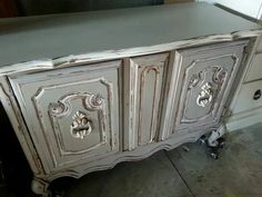 Chest painted with Gray Limoge and Creamy Linen Farmhouse Paint.