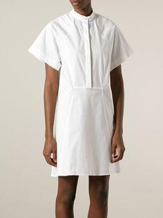 Kleid mit weit geschnittenen Ärmeln