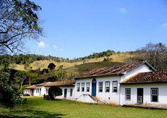 Taubaté (SP) – onde Monteiro Lobato nasceu;
