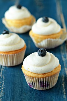 Blueberry Cupcakes with Cream Cheese Frosting #cupcakes #cupcakeideas #cupcakerecipes #food #yummy #sweet #delicious #cupcake