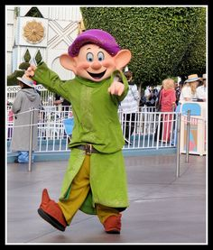 Dopey Costume DIY. | Disney's 7 Dwarf Costumes ...
