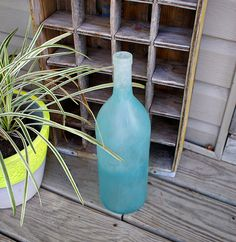 Recycled wine bottles... lots of ideas, including how to make lamp.