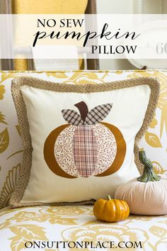 Make this DIY No Sew Pumpkin Pillow Cover in no time...complete tutorial with templates included. Easy and perfect for Fall and Halloween!