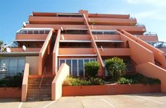 Playa del Mar 4 - Playa del Mar 4 is a lovely and neat, one and a half bedroom apartment, situated in Manaba Beach.  This sub-tropical part of KwaZulu-Natal South Coast, Hibiscus Coast.  It lies just south of St Michael's ... #weekendgetaways #margate #southafrica