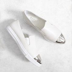 Imagem de fashion, shoes, and white Daily Shoes, Estilo Glamour, Casual Chique, Shoe Boots, Shoe Bag, Shoe Closet, Mode Style, Me Too Shoes, Derby