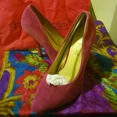 """Suede Shoe Dazzle Heels These stunning pink suede heels from Shoe Dazzle feature a rounded out pointy toe. They are approximately 2"""" and have never been worn. Perfect for date night and fun with the girls. Comes with signature Shoe Dazzle bag to keep them fresh. Shoe Dazzle Shoes Heels"""