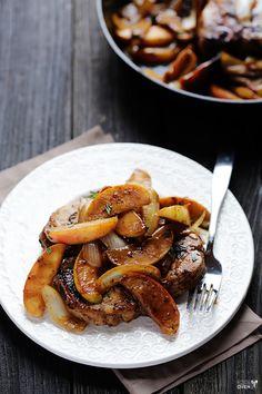 Côtelettes de porc à la cannelle et aux pommes...le réconfort dans votre assiette - Recettes - Recettes simples et géniales! - Ma Fourchette - Délicieuses recettes de cuisine, astuces culinaires et plus encore!