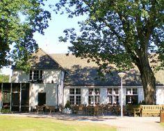 In de Veluwse bossen  Midden in de Veluwse bossen staat je een heerlijk 3-daags verblijf te wachten met een dagelijks ontbijt en een driegangendiner op de dag van aankomst  EUR 64.50  Meer informatie  http://naaar.nl/29naDbM http://naaar.nl/1PStvtJ http://naaar.nl/1RmW6bC