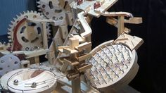 Wood Projects, Woodworking Projects, Wood Crafts, Diy And Crafts, Marble Machine, Marble Wall, Automata, Work Inspiration, Wood Toys