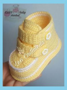 Unisex baby booties, crochet baby shoes, boots, baby sneak – Baby For look here Booties Crochet, Crochet Baby Boots, Crochet Baby Clothes, Crochet For Boys, Crochet Shoes, Free Crochet, Cat Crochet, Crochet Slippers, Baby Booties Free Pattern
