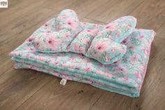 Poduszka motylek i kocyk w kwiaty - Misio Zdzisio