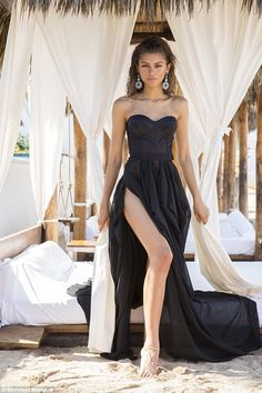 Zendaya In A Fashion Black Prom Dress When Shooting For Modeliste Magazine Cover Black Prom Dresses, Black Evening Dresses, A Line Prom Dresses, Cheap Prom Dresses, Dress Black, Formal Dresses, Wedding Dresses, Wedding Flowers, Mode Zendaya