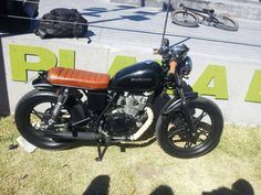 Suzuki GN 125cc Brat style (not cafe racer-tracker-scrambler), open free exhaust, low bike from Argentina. pic1
