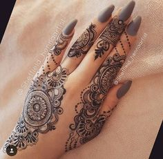 Elegant Mehandi Designs That You Love to Copy – Mehandi Designs 2019 Henna Hand Designs, Henna Tattoo Designs, Mehndi Designs Finger, Mehndi Designs For Fingers, Beautiful Henna Designs, Latest Mehndi Designs, Bridal Mehndi Designs, Mehandi Designs, Henna Tattoo Hand