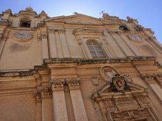 Ponoć na Malcie jest tyle kościołów ile dni w roku Malta, Big Ben, Building, Travel, Malt Beer, Viajes, Buildings, Destinations, Traveling