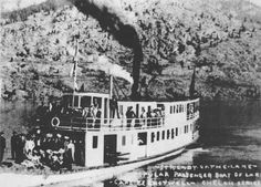 Early tourists on the Lady of the Lake steamer on Lake Chelan, Washington 1900.