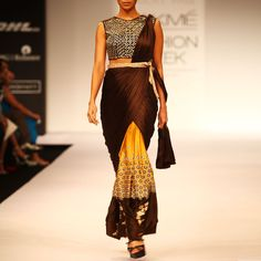 Draped saree with printed skirt
