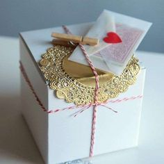 Holiday Gift Wrap DIY Packaging Kit / Card Making Craft Inspiration Pack in Silver, Red and Gold Packing Creative Gift Wrapping, Creative Gifts, Wrapping Ideas, Cute Gifts, Diy Gifts, Handmade Gifts, Wrap Gifts, Gift Crafts, Pretty Packaging