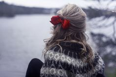 Definitely putting a pretty red bow in my hair for a holiday party or two! Fru Fru, Favim, Hairbows, Pretty Hairstyles, Hair Inspiration, Fashion Inspiration, Your Hair, Curly Hair Styles, Hair Makeup
