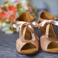 Riviera by Rumbanita dance shoes www.rumbanita.com Shoe Brands, Dance Shoes, Concept, Sandals, Instagram Posts, Fashion, Shoes, Valentines Day Weddings, Dancing Shoes