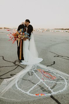 Peace, love, & good vibes Coachella themed wedding ideas - 100 Layer Cake from { { FeedTitle} }{ { EntryUrl} } Wedding Veils, Wedding Ceremony, Winter Wedding Inspiration, Wedding Ideas, Modern Nursery Decor, Winter Wedding Decorations, Fall Bouquets, 100 Layer Cake, Photography Kids