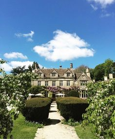 Barnsley House: perfect for hide and seek. Simply hide in the spa and seek out a frosty bottle of champagne to share  #BarnsleyHouse #Cotswolds    @thehelloyellow