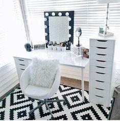 Image de room, home, and makeup