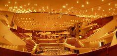 Hans SCHAROUN, Sala concerti della Berliner Philarmonie, Berlin-Tiergarten, 1960-1963  photo by bego87 on flickr