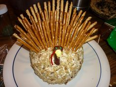 The wattle waddles...er, wobbles - Thanksgiving turkey cheeseball ~ Quirky Cookery