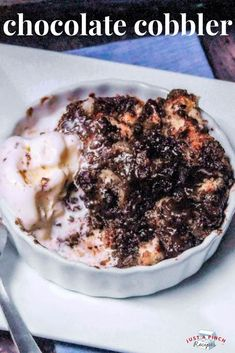This yummy chocolate cobbler is a snap to make and even easier to eat. You get all the gooey deliciousness of a molten cake without all the fuss. Now THAT's sweet! Great for a pot luck or when you're looking for an easy dessert recipe. Köstliche Desserts, Delicious Desserts, Dessert Recipes, Cake Recipes, Dessert Food, Chocolate Cobbler, Chocolate Recipes, Chocolate Cake, Chocolate Lovers