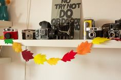 love everyday: Tutorial Thursday: Fall Leaf Garland