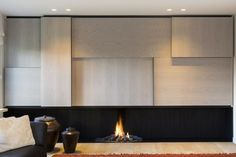 living room designs by candice olson Fireplace Feature Wall, Living Room Decor Fireplace, Modern Fireplace, Fireplace Wall, Fireplace Design, Modern Interior Design, Interior Architecture, Corner House, Living Room Designs