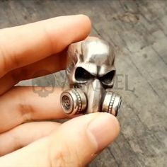 Respirator Gas Mask Face Skull Solid Sterling Silver 925 Rings Rock Badass Jewelry Stylish – ANREBEL - Motocycle Pictures and Wallpapers Silver Skull Ring, Silver Rings, Skull Rings, Harley Davidson Jewelry, Rocker, 3d Prints, Skull Jewelry, Sterling Silver Jewelry, Badass